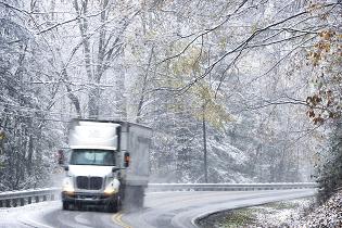tractor_trailer_snow_headon_315x210