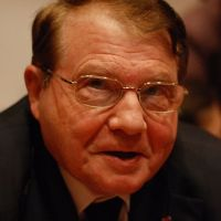Luc Montagnier: Homeopathy Pusher & AutismOne Presenter | Wikipedia