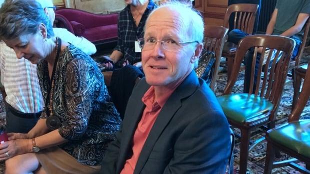 Anti-vaxxers face few questions at legislative hearing on mandatory immunization   CBC News
