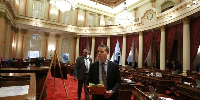 California lawmakers splashed with 'what appeared to be blood' during anti-vaxxing protest at Statehouse | Fox News